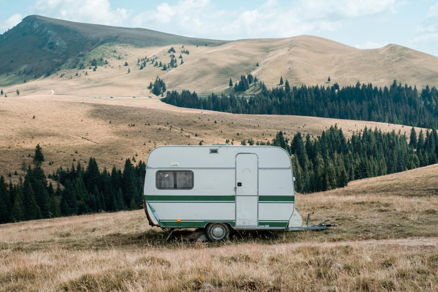 caravan outdoors, pet-friendly holiday