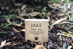 pet burial stone, pet memorial